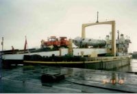 1994 The heavylift vessel Aberthaw Fisher discharging a 550 tonne component for delivery to Point of Ayr Gas Terminal, then under construction