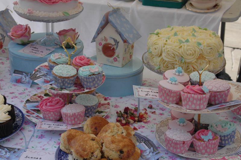 Hen parties making Cupcakes
