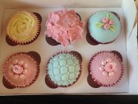 Blue and Pink Cupcakes