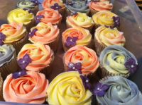 Themed wedding cupcakes make perfect  favours.