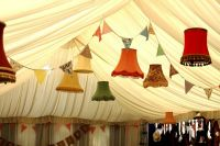 Vintage lampshades sa Karen and John's wedding.
