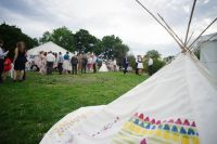 Childrens teepee and plenty of space to play on the grass