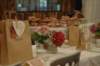 Wedding cupcakes delivered to your door!
