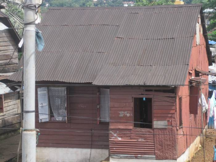 200 year old house in Freetown